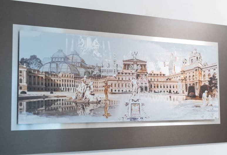 VIP-Class Apartments, Viyana, İç mekân