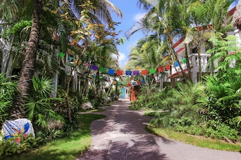 Picture of Villas Colibrí Cozumel in Cozumel