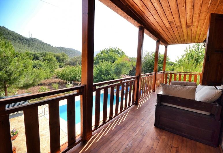Villa Ebohora by Helaltatilvillari, Fethiye, Villa, 4 Bedrooms, Balkoni
