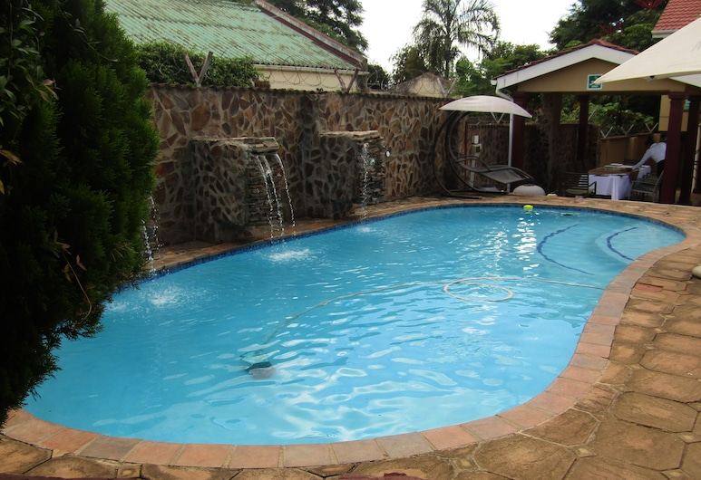 Open House Boutique Hotel, Manzini, Property Grounds
