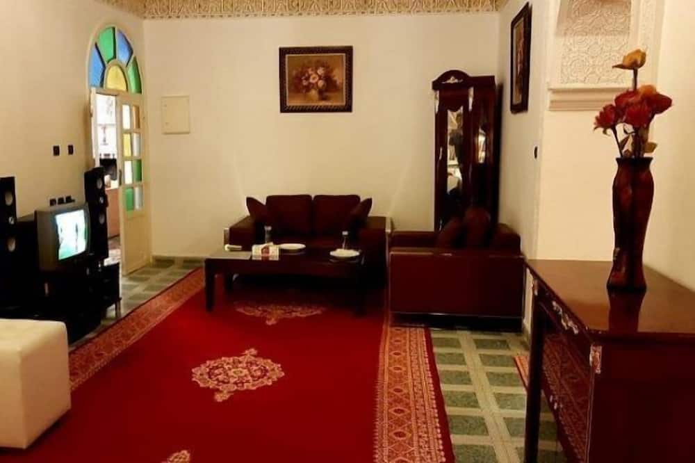 Family Suite, Multiple Beds (Lala Halima) - Living Area