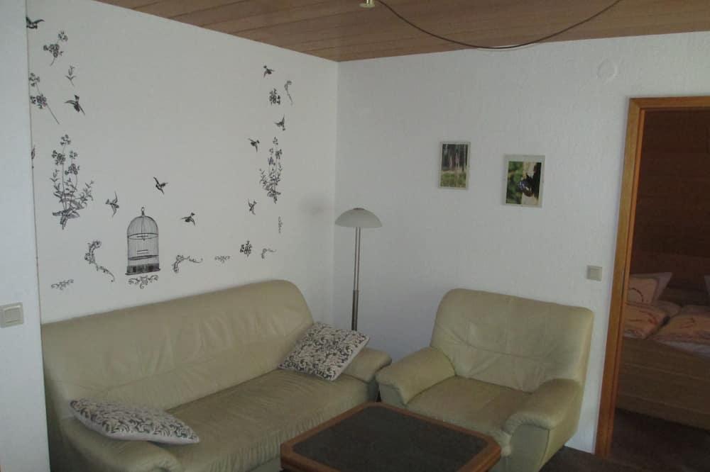 Apartamentai, 1 miegamasis (11,cleaning fee on top of rate 30 EUR) - Svetainės zona
