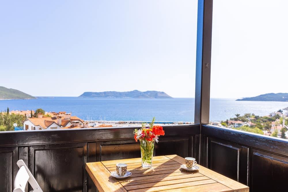 Třílůžkový pokoj - Výhled z balkonu