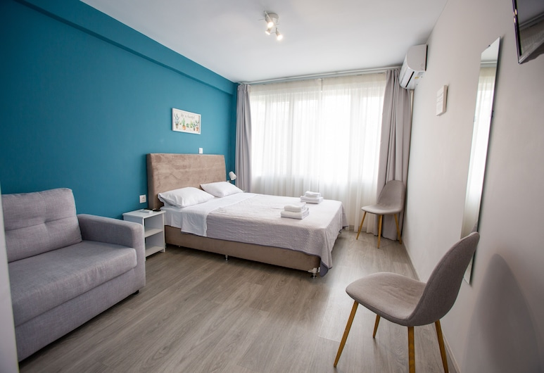 Raise Boutique Rooms in Center of Athens, Atenas