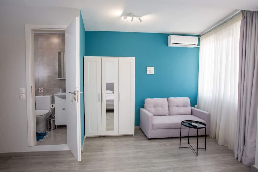 Grand Room, City View (1) - Ruang Tamu
