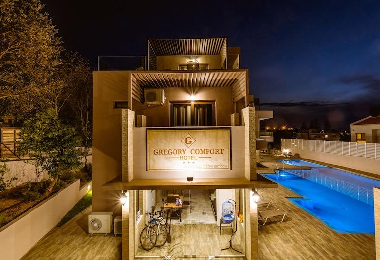 Gregory Comfort Hotel, Chania, Pohľad na hotel – večer/v noci