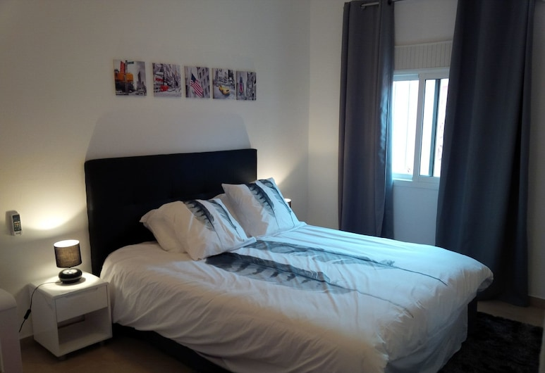 Sci Yassmani, Port Gentil, Apartment, 1 Bedroom, Room