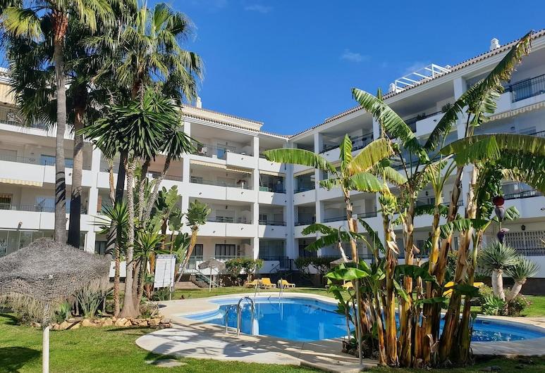 Gran Calahonda - Nice 2 bedroom & 2 bathroom apartment with sunny terrace - Only few minutes walk to the beach, Mijas, Extérieur