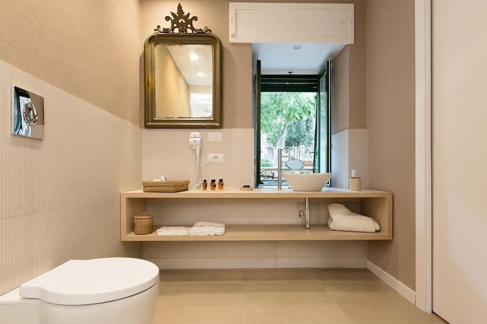 豪華雙人房 (Golden) - 浴室