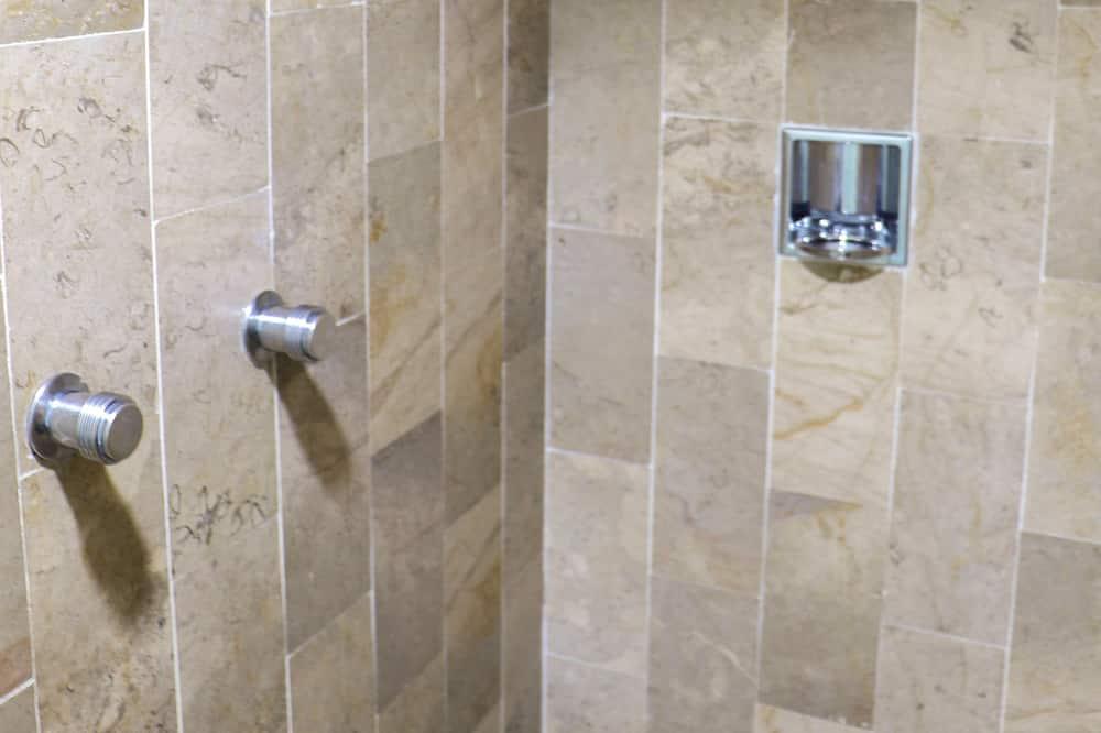 豪華四人房, 2 張標準雙人床, 非吸煙房 - 浴室淋浴間