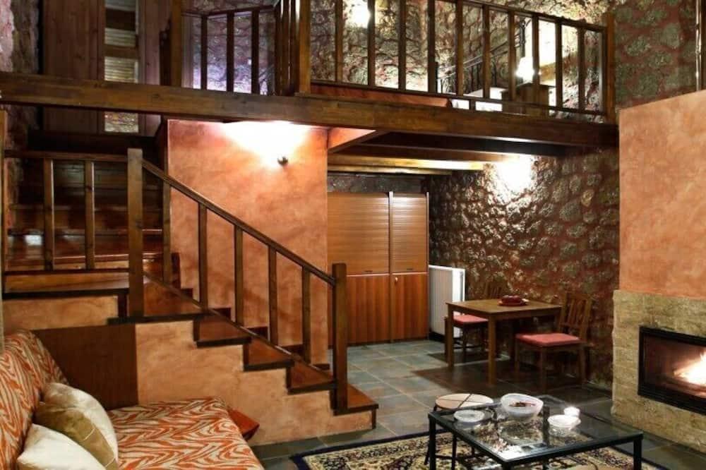 Leilighet (Split Level with Fireplace & Spa Bath) - Oppholdsområde