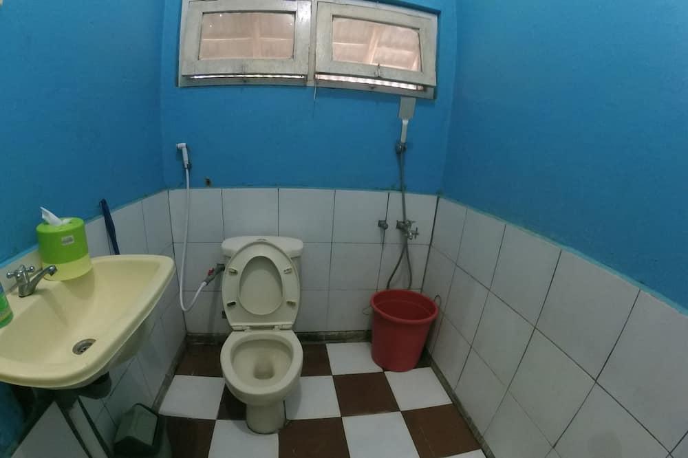 Standard Private Bathroom - Bathroom Shower