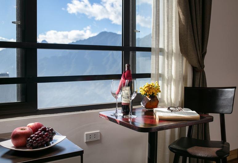 Sapa Valley View Hotel, Sa Pa, Superior-herbergi með tvíbreiðu rúmi - Reyklaust - útsýni yfir garð, Herbergi