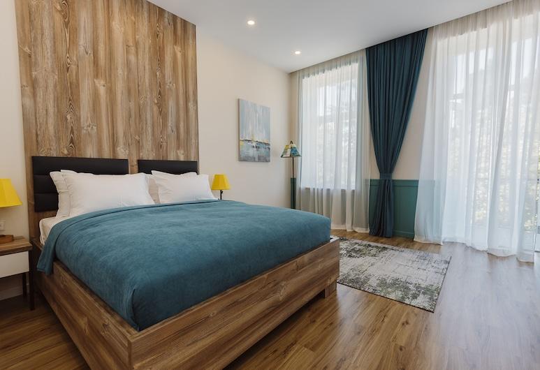 Boulevard Hotel Batumi, Batumi, Classic Double Room with Boulevard View, Guest Room