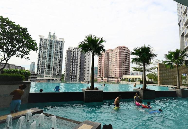 小睡一下 @ 吉隆坡武吉免登瑞士花園酒店, Kuala Lumpur, 室外泳池