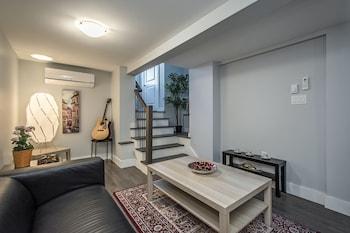 Halifax bölgesindeki Spacious DAL & Downtown Apartments resmi