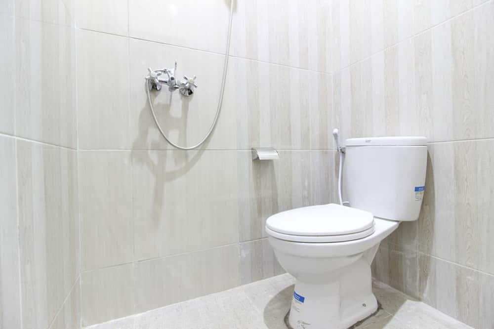 Economy Room - Bilik mandi
