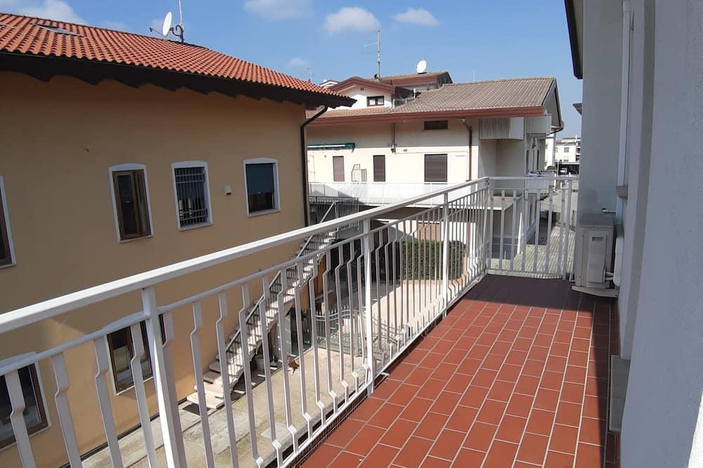 Departamento familiar, 1 habitación, con vista al patio - Balcón