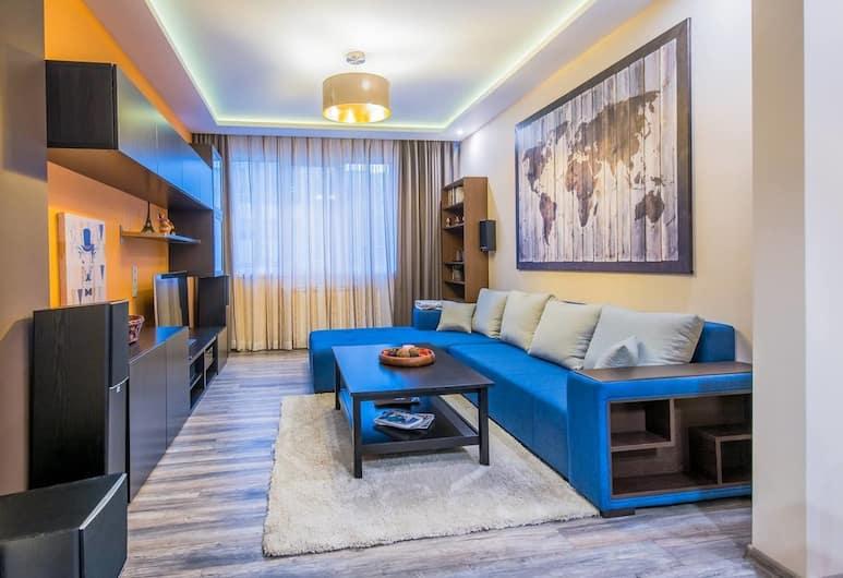 FM Deluxe 1-BDR Apartment with Balcony - Slaveykov street, Sofia, Living Room