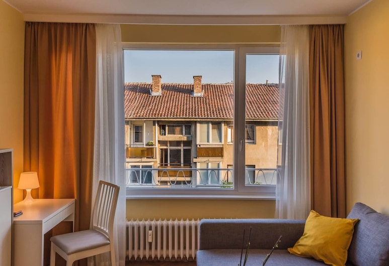 FM Deluxe 2-BDR Apartment - Sunshine, Sofia