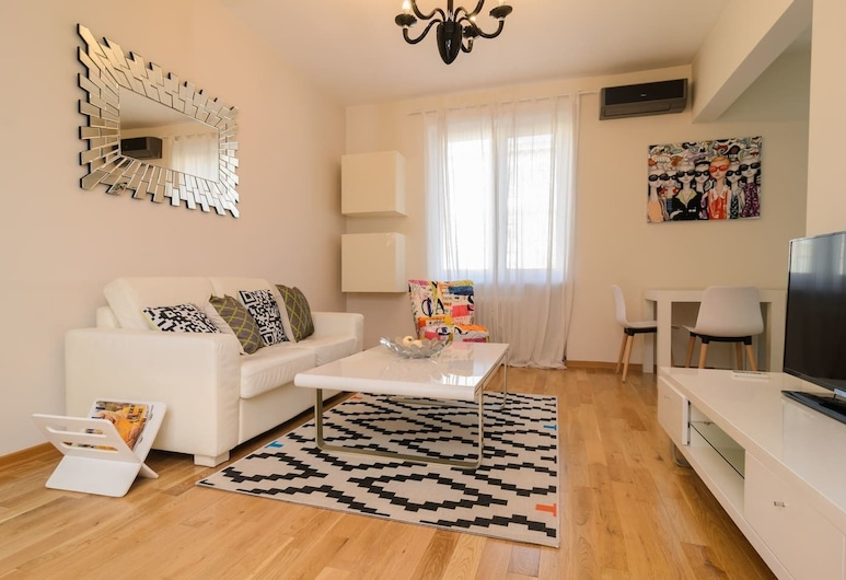 FM Luxury 2-BDR Apartment - Rise and Shine, Sofia