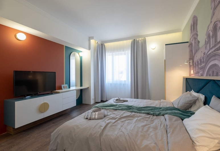FM Luxury 3-BDR Apartment - Splendid Shapes, Sofia, Room