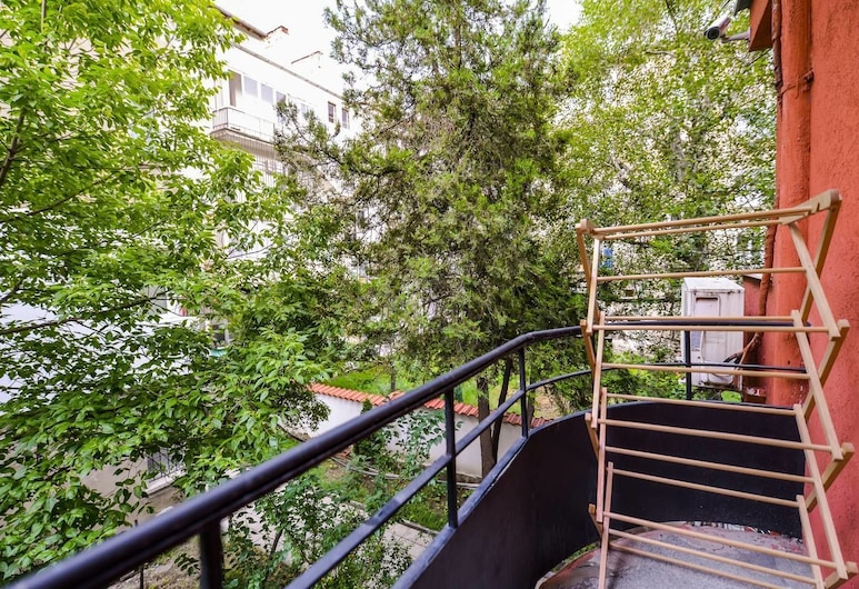 FM Premium 1-BDR Apartment - The Coffee House, Sofia, Balcony