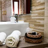 Junior Suite (Tortora) - Bathroom Sink