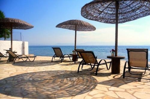 格里尼海灘開放式公寓酒店/