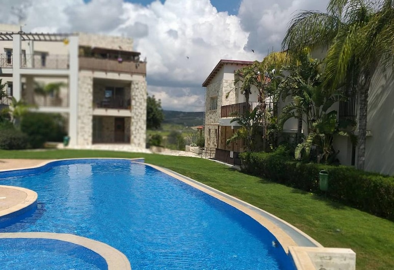 Horizon Luxury Apartment, Oroklini, Bērnu baseins