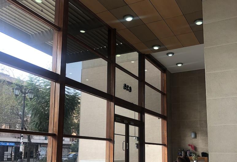 Bello Departamento Lord Cochrane, Santiago, Lobby Sitting Area