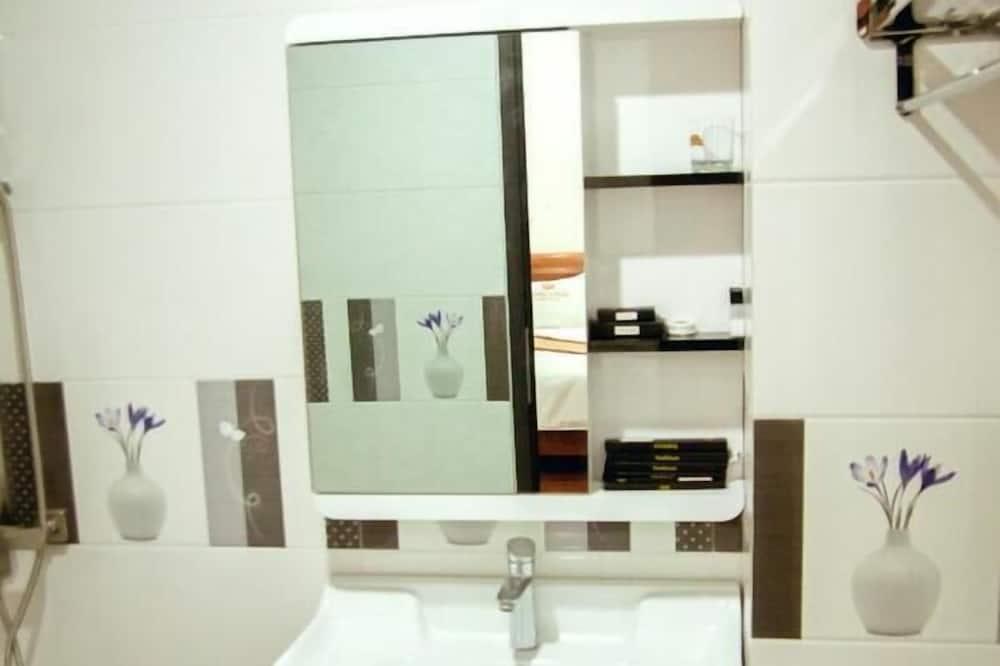 Deluxe szoba, 2 kétszemélyes ágy - Fürdőszoba