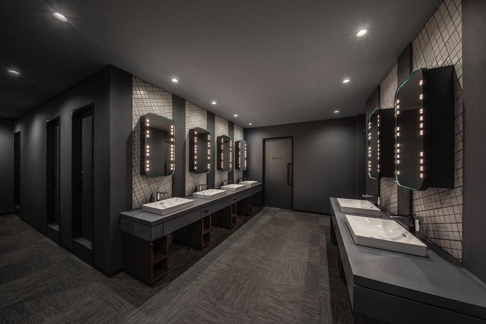 Номер (Smart Pod, All Gender) - Удобства в ванной комнате