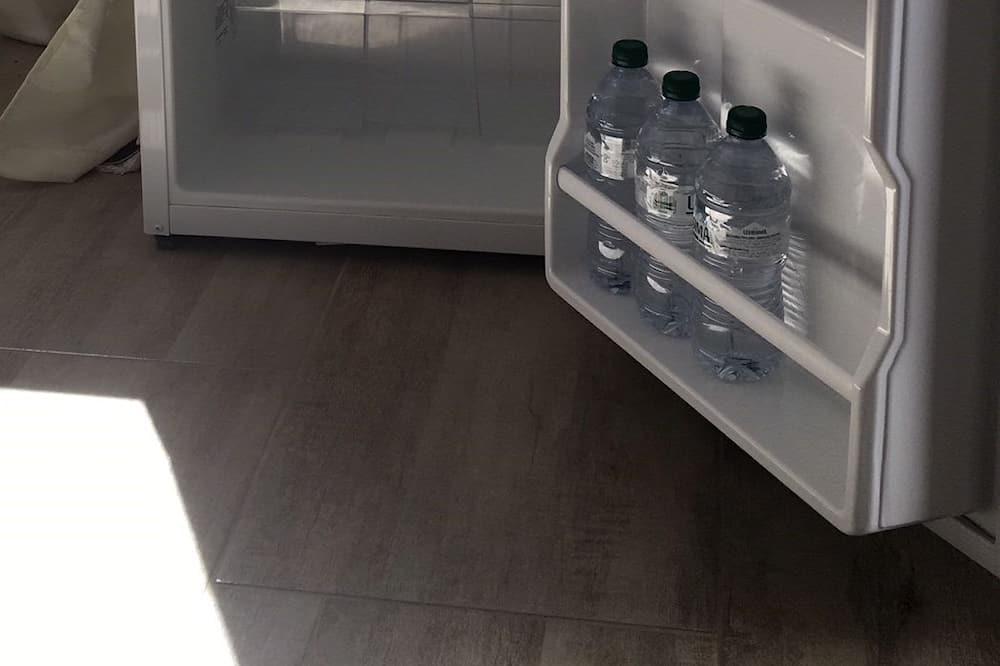 Standard-Studio, Gartenblick - Minikühlschrank
