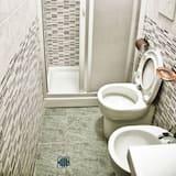 ห้องดับเบิล, ห้องน้ำส่วนตัว, วิวเมือง - ห้องน้ำ