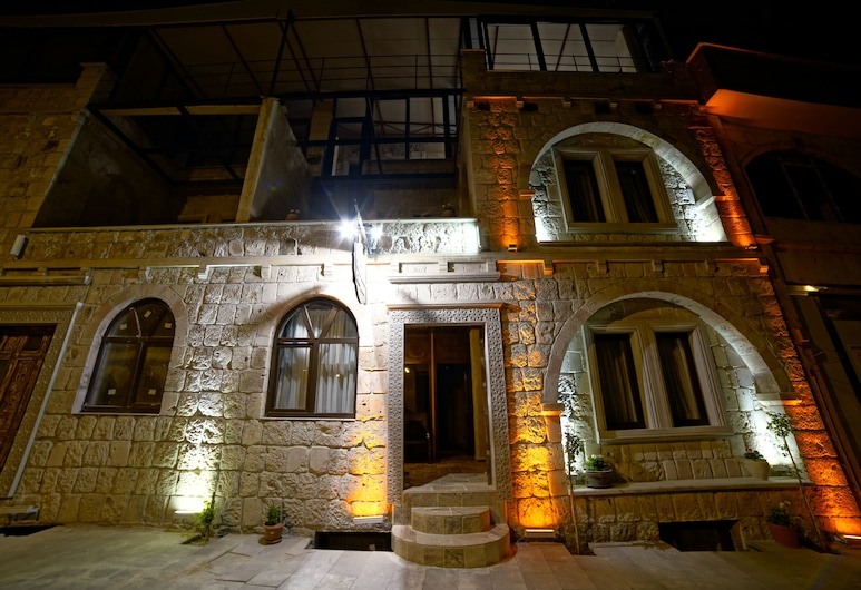 Feel Cappadocia Stone House, Nevsehir, Hotel Front – Evening/Night
