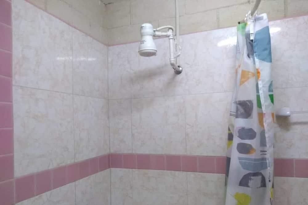 Comfort-Dreibettzimmer - Badezimmer