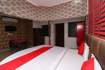 Hình ảnh OYO 28240 Hotel D' Seasons tại Agra
