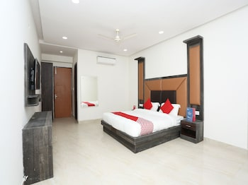 Picture of Capital O 22956 Hotel Grand Residency in Greater Noida
