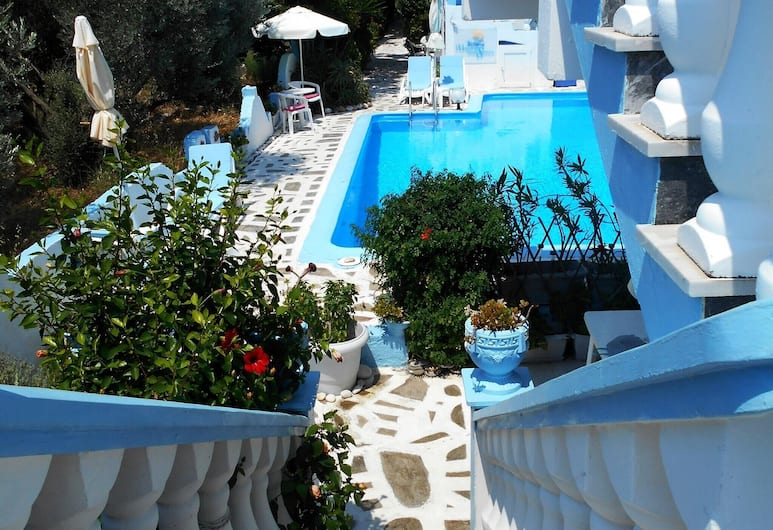 Apartment With one Bedroom in Marathokampou, With Pool Access, Furnished Terrace and Wifi - 20 m From the Beach, Számosz, Medence