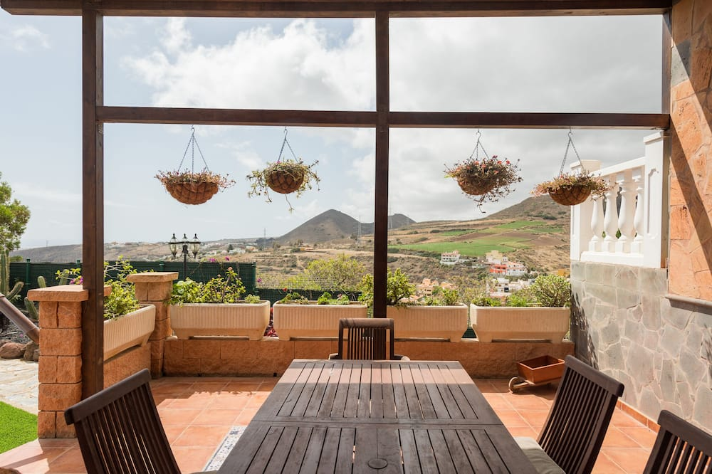 Domek, 6 ložnic, výhled na hory - Terasa