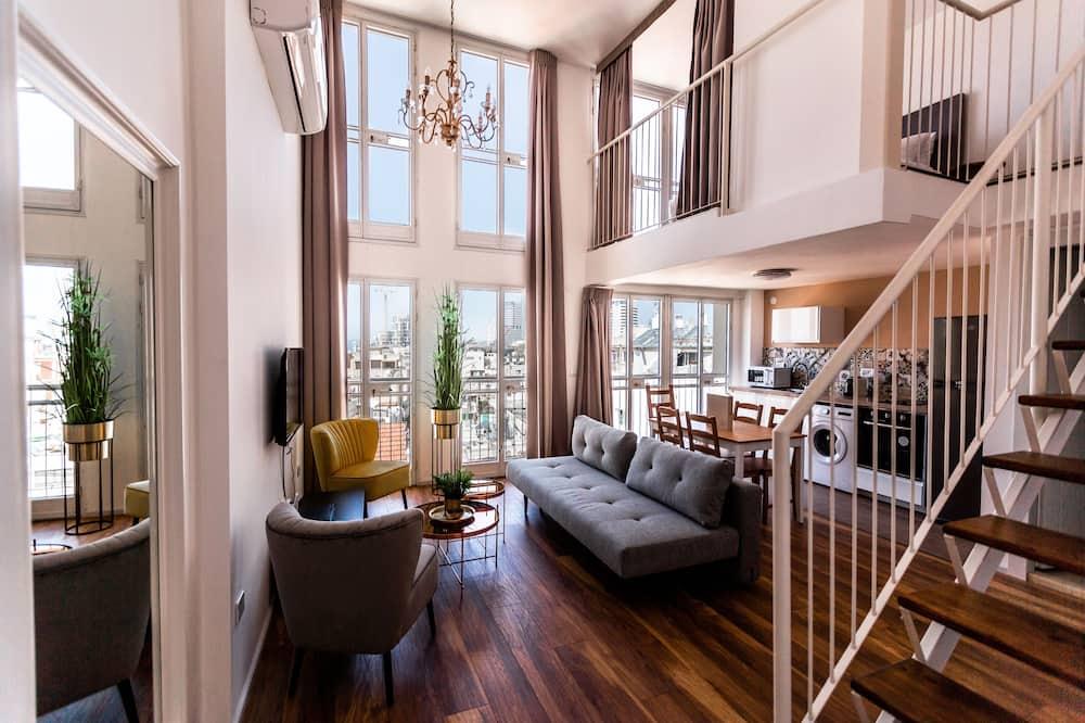 Dvoupodlažní apartmá, výhled na moře - Obývací prostor