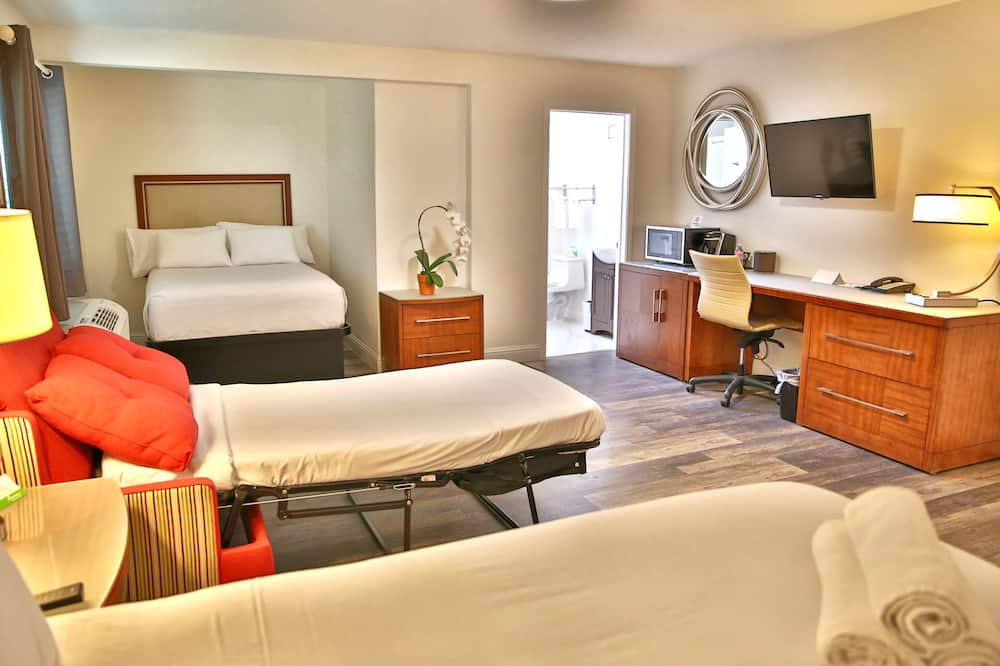 Kambarys, 2 didelės dvigulės lovos, Nerūkantiesiems - Vonios kambarys