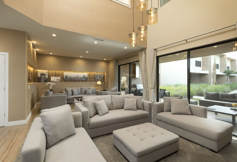 Magic Village Views Trademark Collection by Wyndham, Kissimmee, Deluxe Villa, 3 Bedrooms (BBQ Grilll), Bilik Rehat