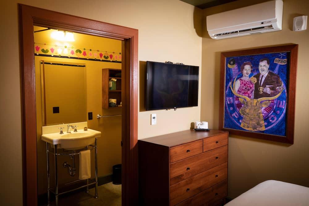 Standard Room (King Atrium) - Bilik mandi