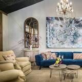 International Suite - Living Area