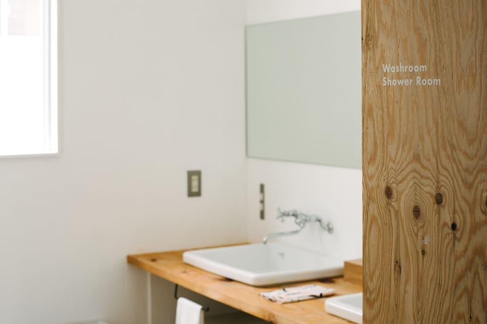 Общее спальное помещение - Ванная комната