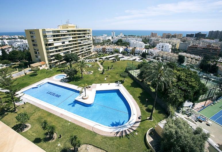 Amazing Sea Views & Comfortable Pool, Torremolinos