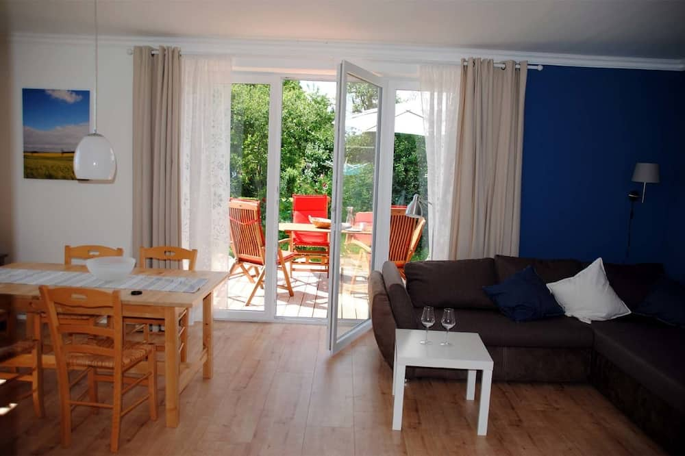 Family House, 2 Bedrooms, Garden View (Meeresbrise, Cleaning Fee EUR 50,00) - Living Area