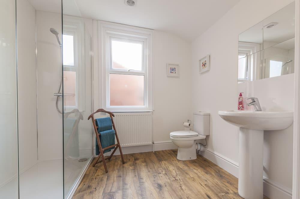 House, Private Bathroom (3 Bedroom) - Bathroom